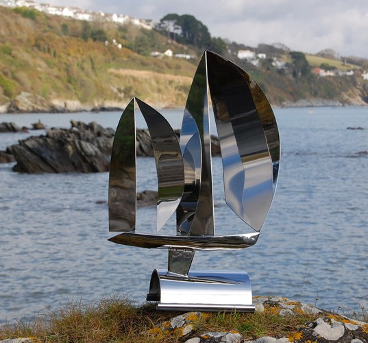 A beautiful stainless steel sculpture created in 316 marine grade stainless steel. 